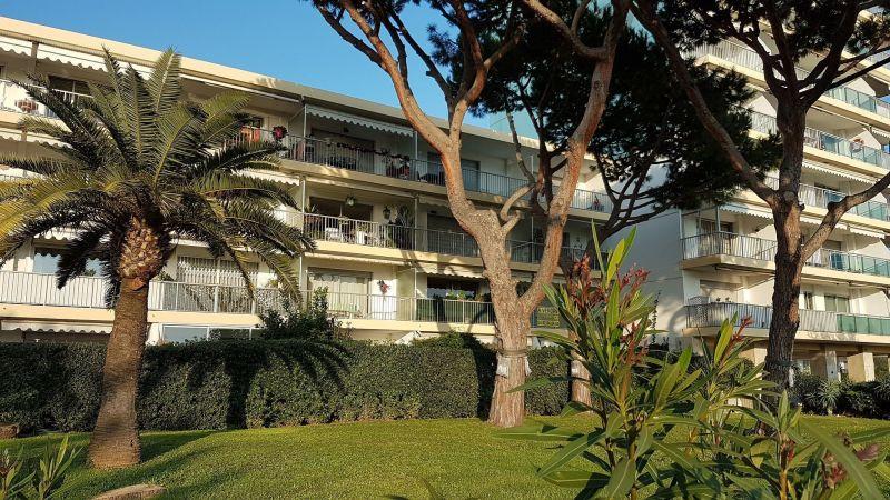 Vue extérieure de la location Location Appartement 117475 Nice