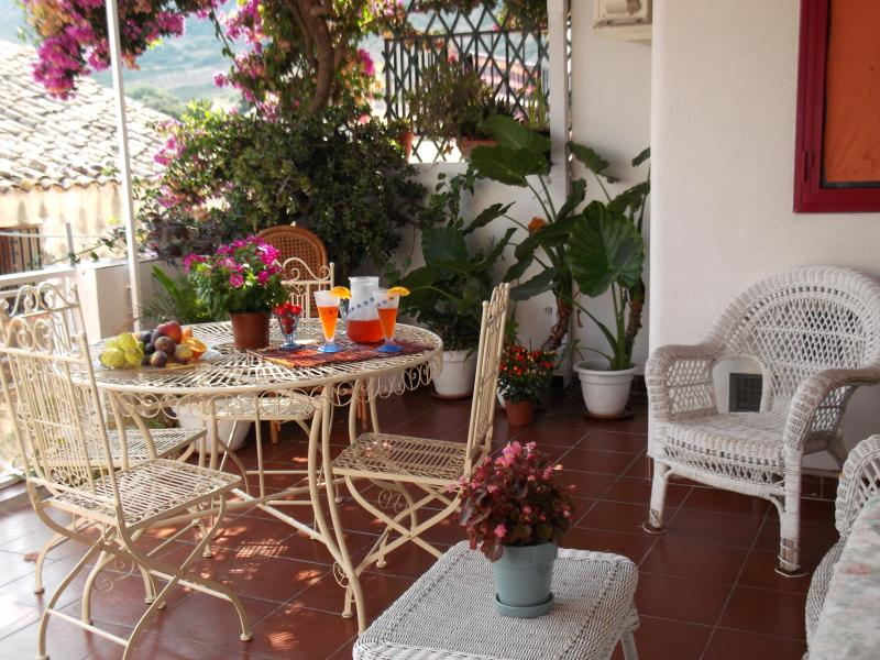 Terrasse Location Appartement 63878 Scopello