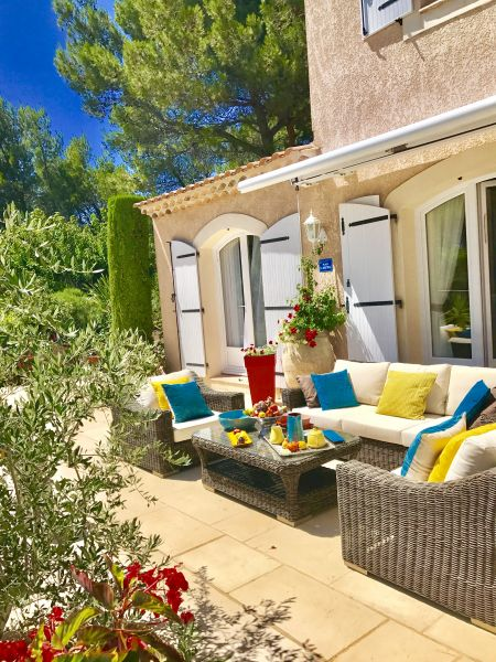 Vue de la terrasse Location Villa 76063 Avignon
