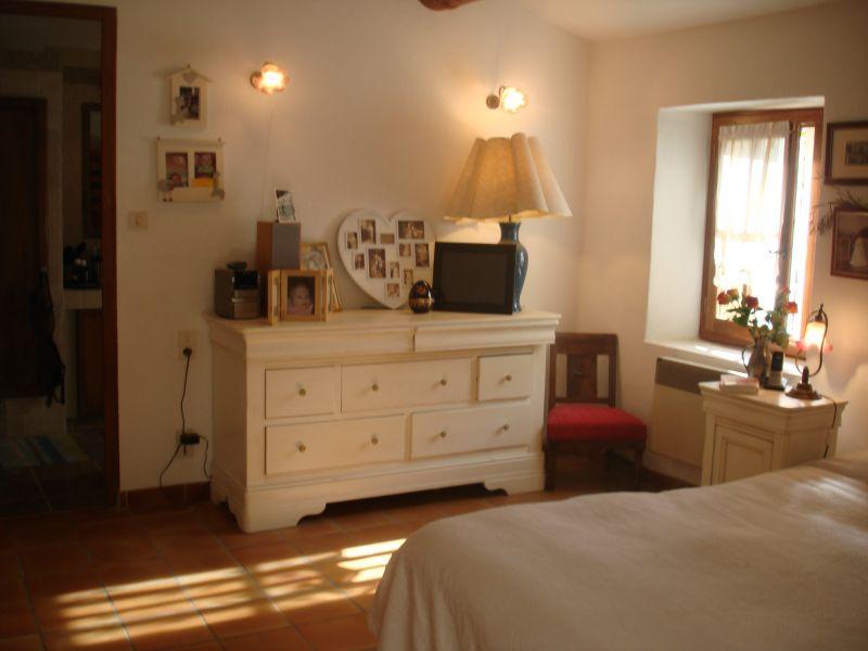 chambre 1 Location Villa 76186 Eygalières