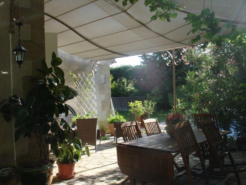 Vue de la terrasse Location Villa 76186 Eygalières