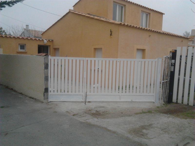 Vue extérieure de la location Location Villa 78184 Frontignan