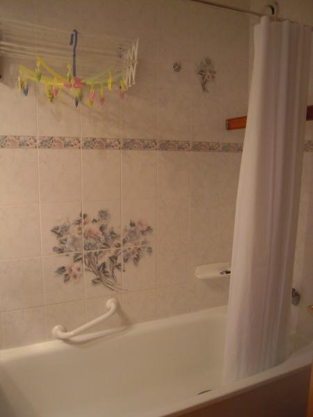 salle de bain Location Studio 80949 Les Arcs