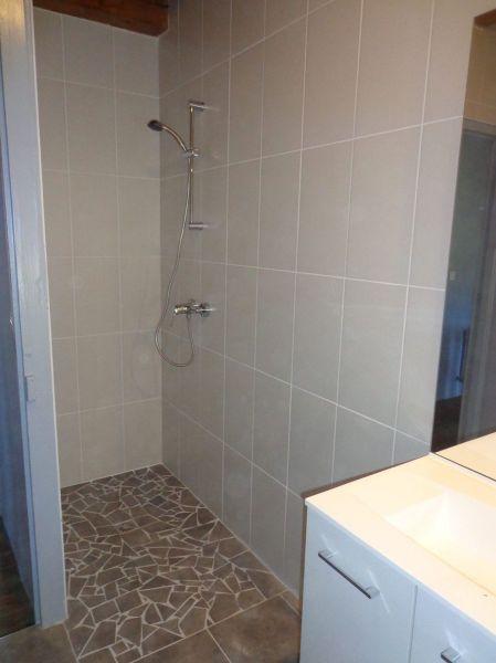 salle de bain Location Gite 85778 Saint-Anthème