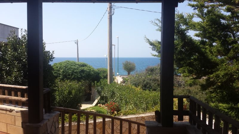 Vue extérieure de la location Location Villa 93054 Gallipoli