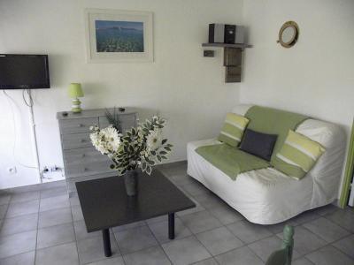 Salon Location Studio 93989 Calvi