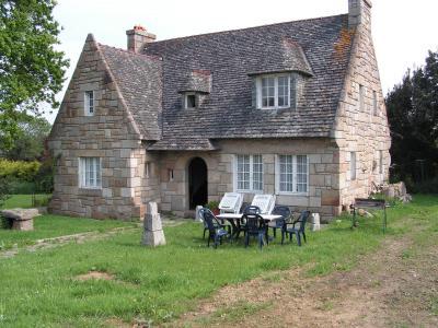 Vue ext�rieure de la location Location Villa 96993 Trebeurden