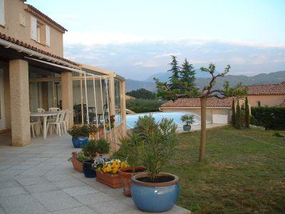 Vue de la terrasse Location Villa 102311 Digne