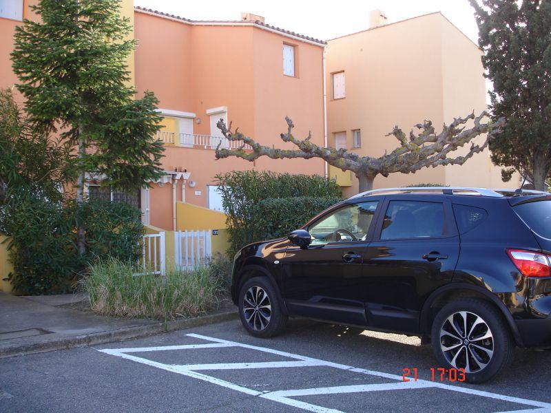 Vue extérieure de la location Location Studio 102337 Cap d'Agde