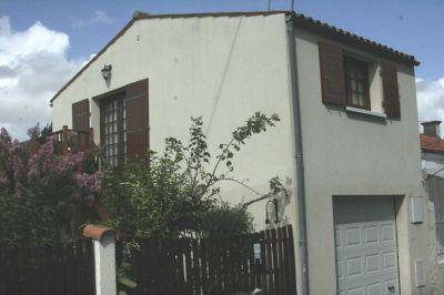 Vue ext�rieure de la location Location Studio 102765 La Rochelle