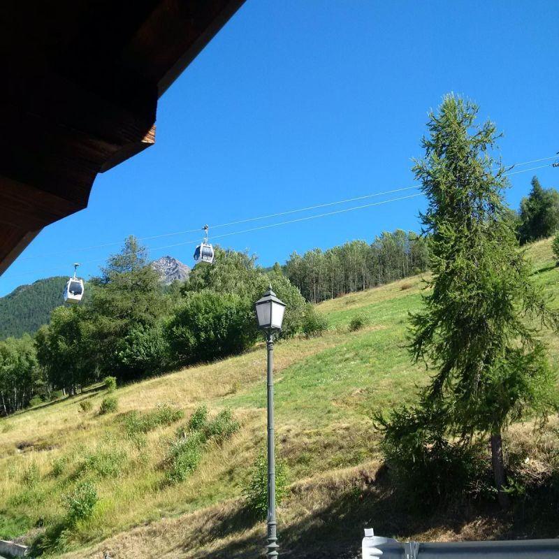 Vue de la terrasse Location Chalet 103368 Pila