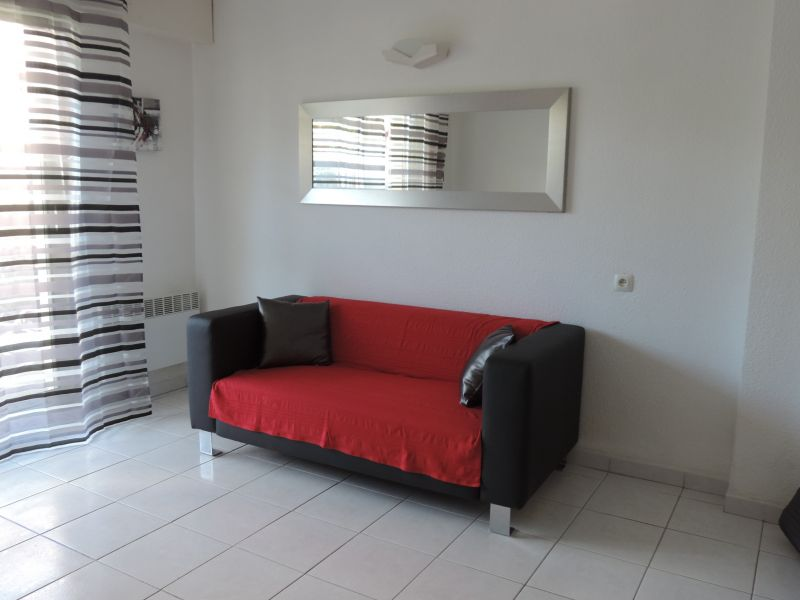 Location Studio 105610 Le Lavandou