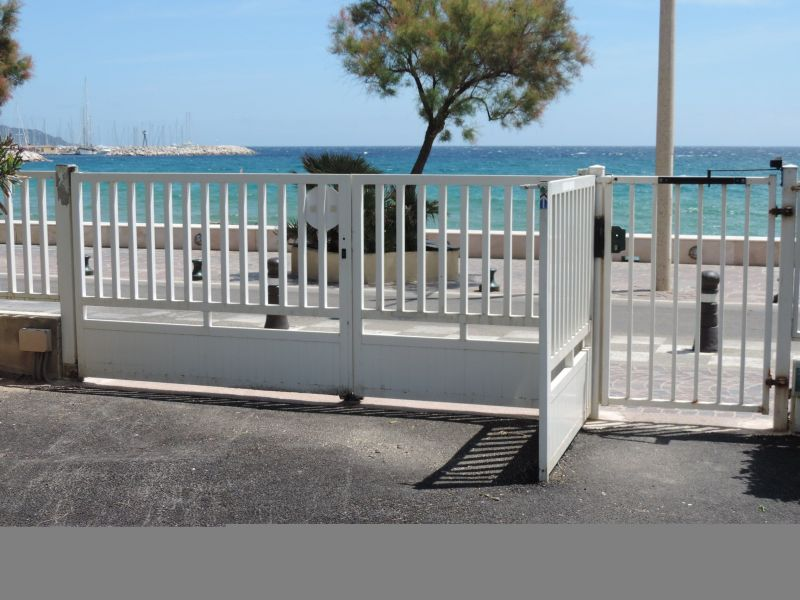 Parking Location Studio 105610 Le Lavandou