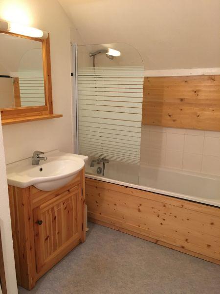 salle de bain Location Appartement 108473 Saint Jean d'Arves