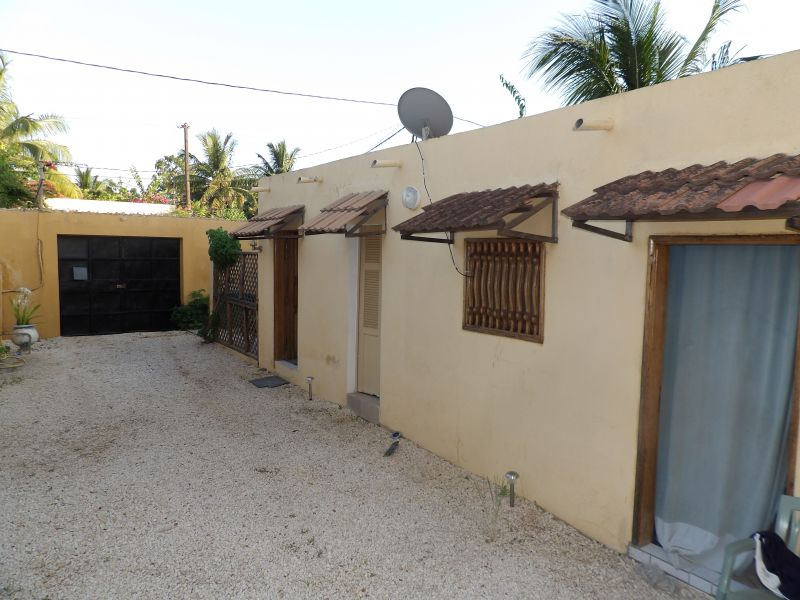 Parking Location Appartement 111793 Saly