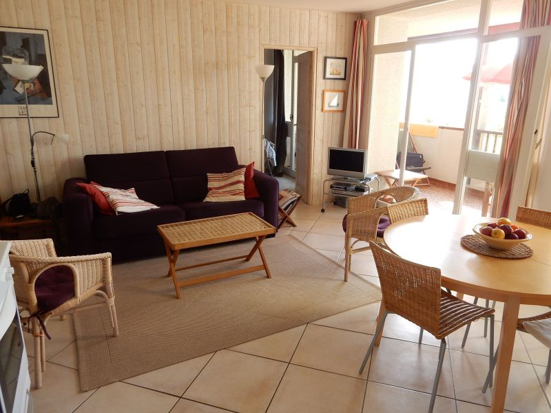 Salon Location Appartement 112894 Cassis