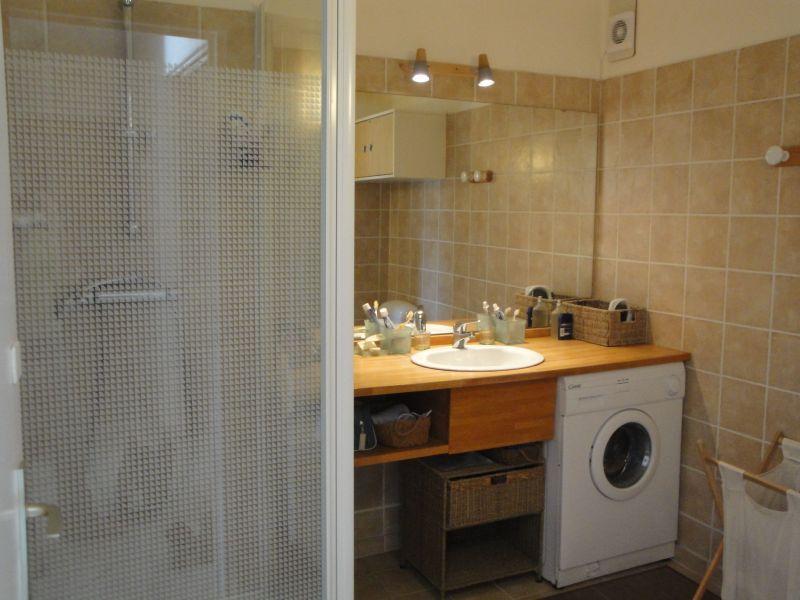 salle de bain Location Appartement 112894 Cassis