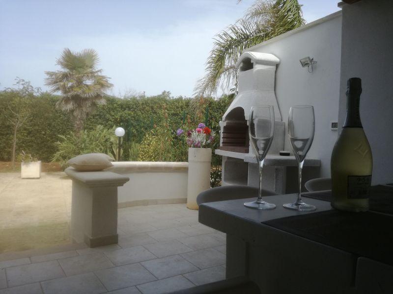 Cuisine d'été Location Villa 114399 Ostuni