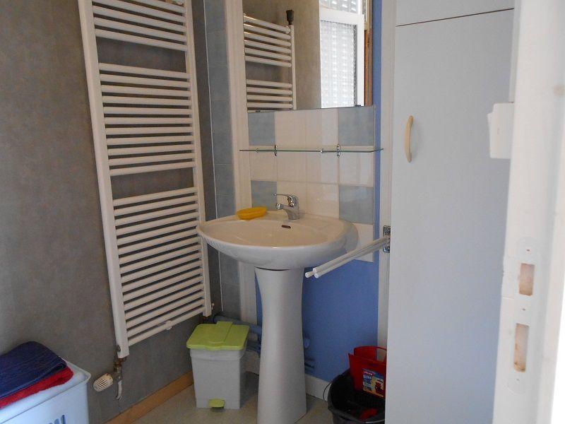 Salle d'eau Location Appartement 115202 La Bourboule