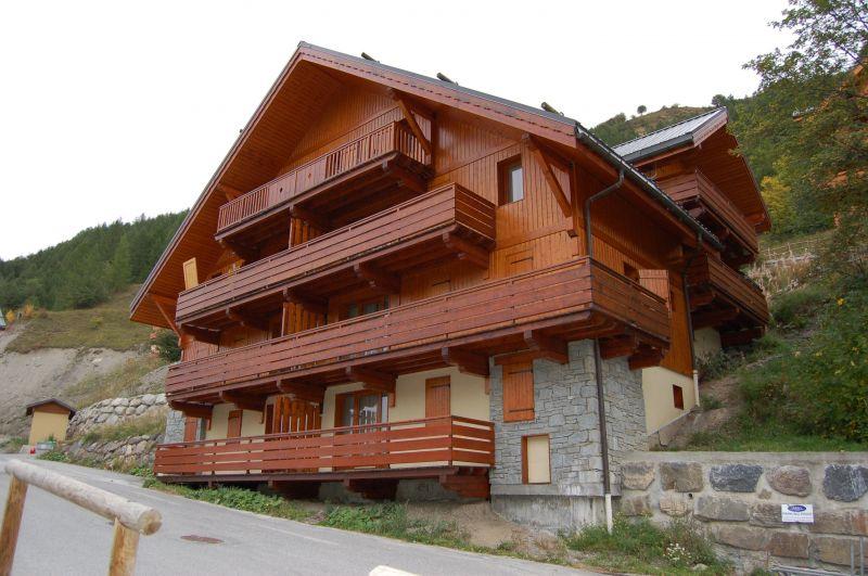 Vue extérieure de la location Location Appartement 117722 Valloire