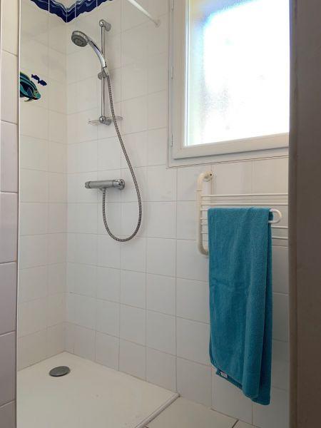 salle de bain 2 Location Villa 119006 Le Teich