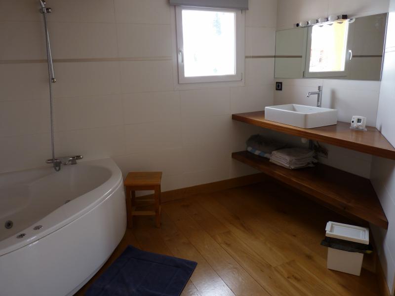salle de bain 1 Location Appartement 66338 Chamrousse