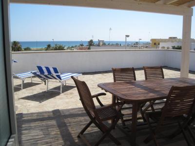 Vue de la terrasse Location Appartement 75278 Pescoluse