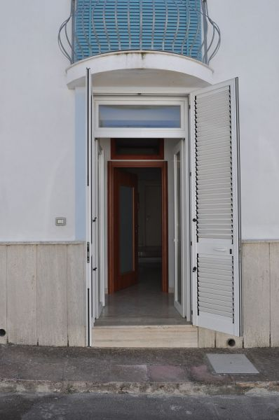 Vue extérieure de la location Location Appartement 75700 Gallipoli
