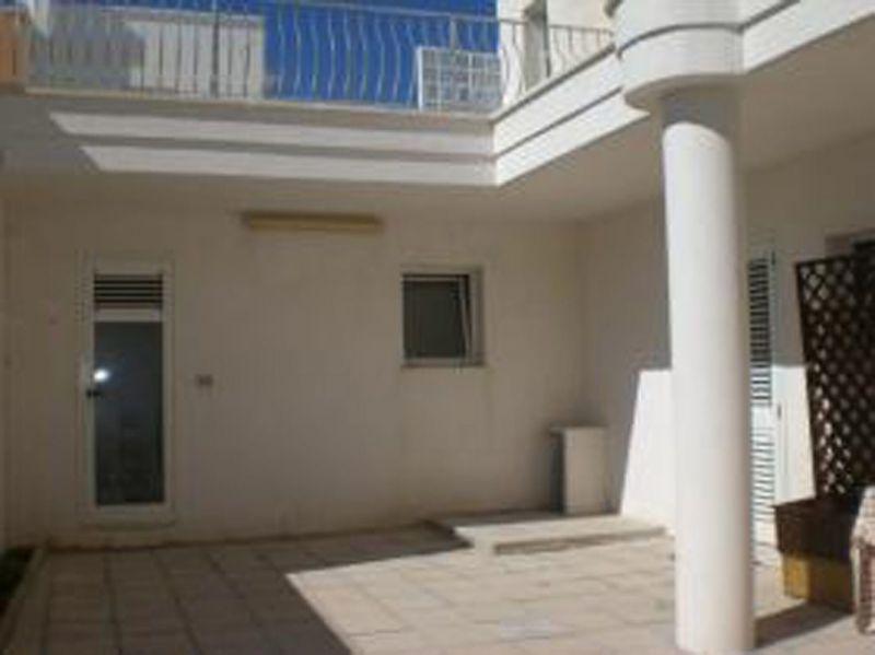 Cour Location Appartement 75700 Gallipoli