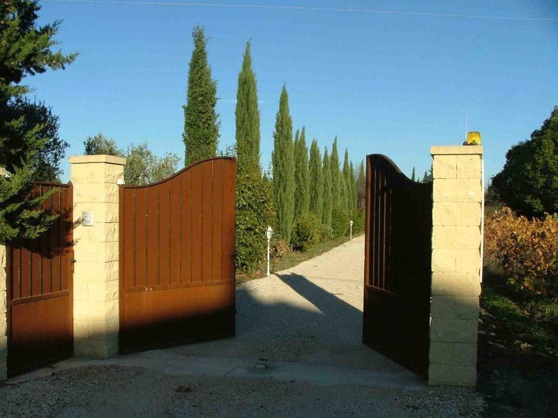 Entrée Location Villa 75882 Nîmes