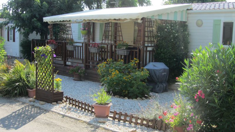Vue extérieure de la location Location Mobil-home 81101 Valras-Plage