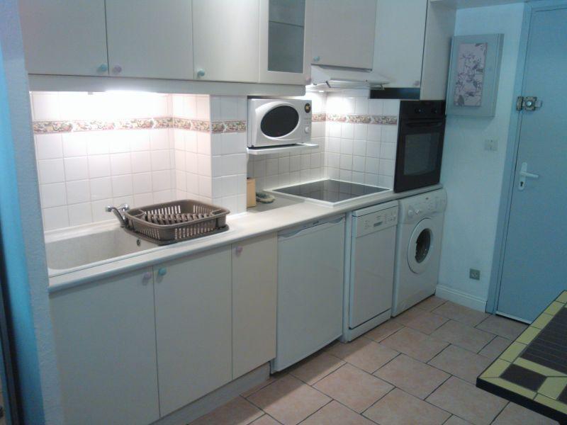 Coin cuisine Location Studio 87435 Bandol