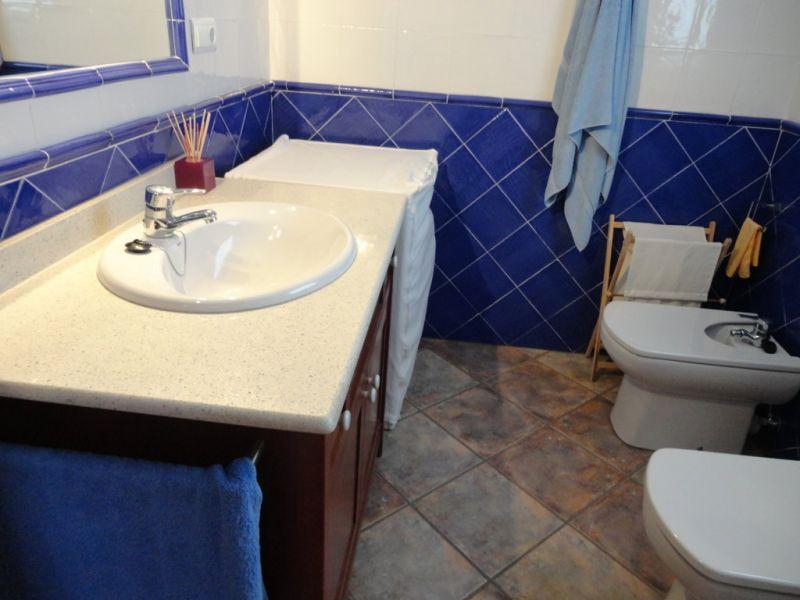 salle de bain 2 Location Maison 92760 Cambrils