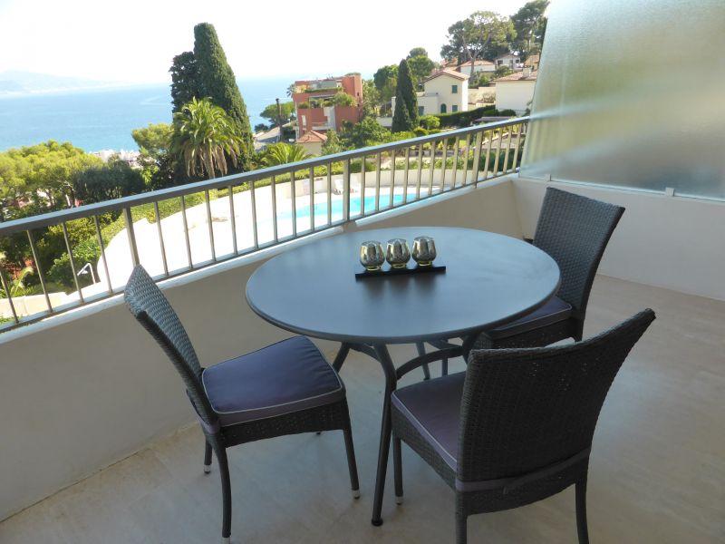 Vue de la terrasse Location Studio 94016 Roquebrune Cap Martin