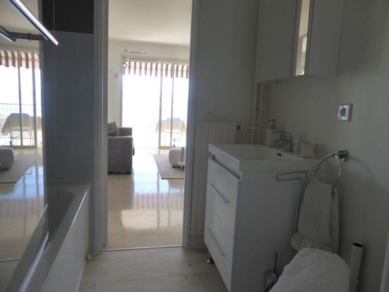 salle de bain Location Studio 94016 Roquebrune Cap Martin