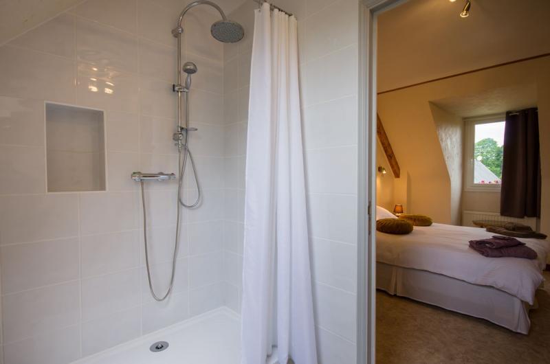 Salle d'eau 2 Location Maison 98735 Saint Brieuc