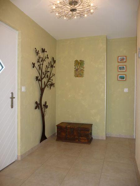 Entrée Location Appartement 106719 Evian les Bains