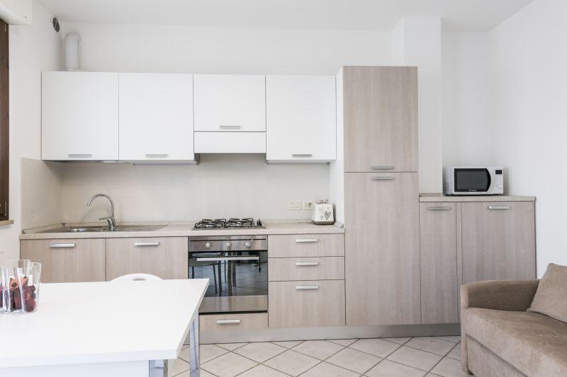 Cuisine américaine Location Appartement 108838 Marotta