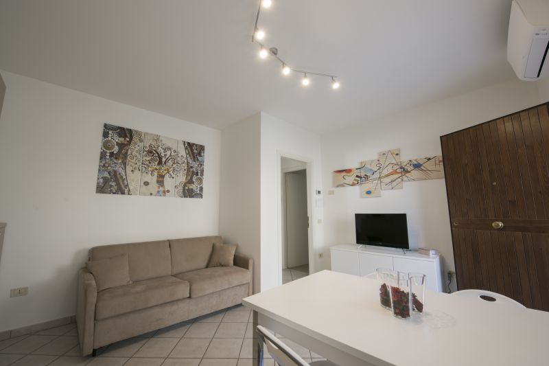 Séjour Location Appartement 108838 Marotta