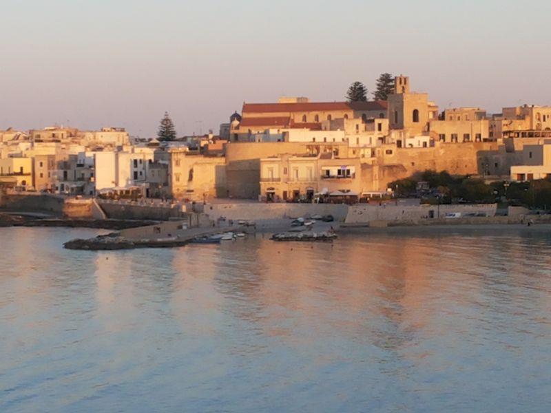 Vue à proximité Location Appartement 109073 Otranto