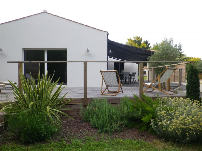 Vue extérieure de la location Location Maison 109881 Ronce-les-Bains