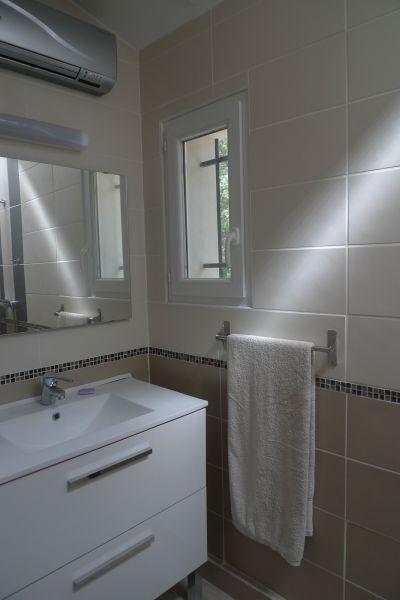 Salle d'eau Location Villa 115618 Lorgues