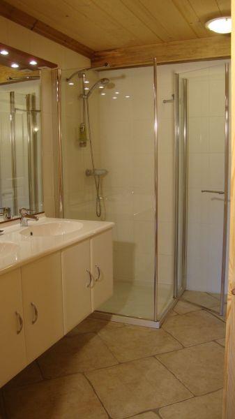 Salle d'eau Location Appartement 115993 Praz de Lys Sommand