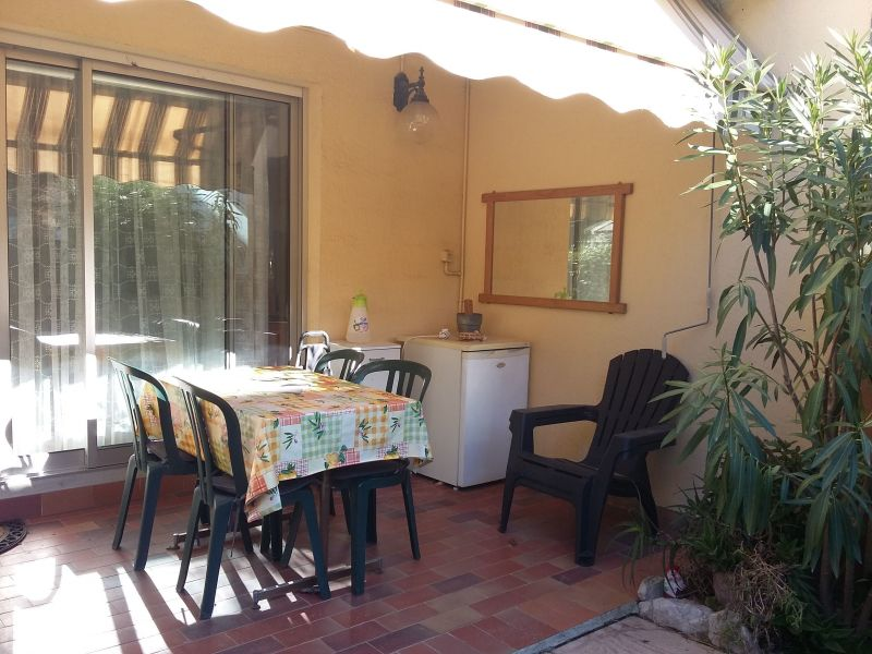 Terrasse Location Appartement 117383 Sanary