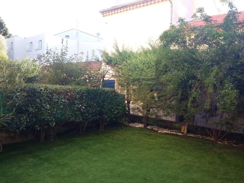 Jardin Location Appartement 117383 Sanary
