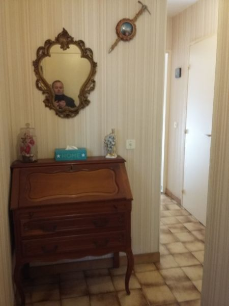 Couloir Location Appartement 117383 Sanary