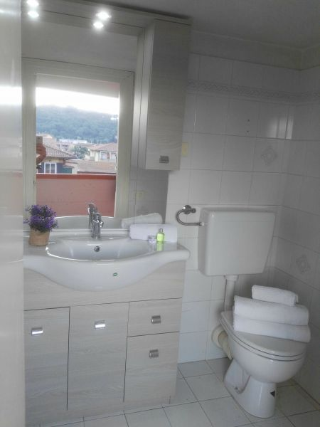salle de bain 2 Location Appartement 66430 Porto Azzurro