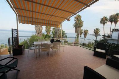 Vue de la terrasse Location Appartement 72756 Aci Castello