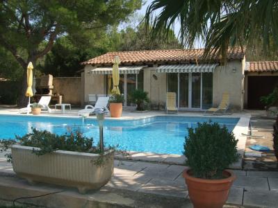 Vue de la terrasse Location Villa 77033 Avignon