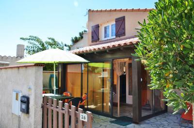 Vue ext�rieure de la location Location Villa 80236 Sainte Marie la Mer